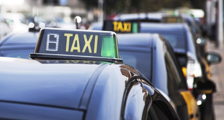 Taxis del aeropuerto al Eixample (Sagrada Familia)
